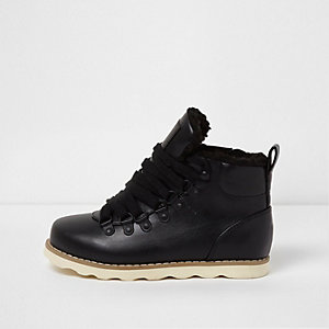 Boys black borg lined ankle hiking boots