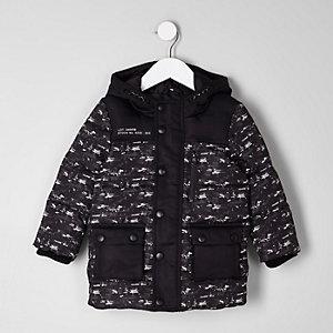 Mini - Zwarte gewatteerde jas met vervaagde camouflageprint voor jongens