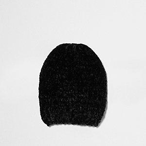 Boys black chenille knit beanie hat