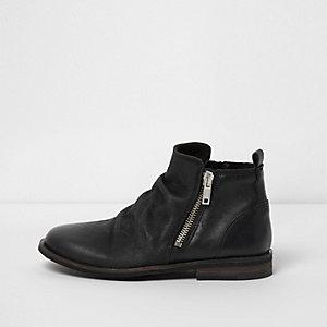 Schwarze Chelsea-Stiefel aus Leder mit seitlichem Reißverschluss