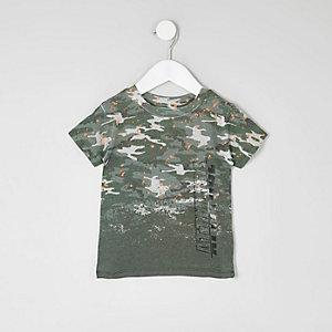 Mini - Kaki T-shirt met verfspetters en camouflageprint voor jongens