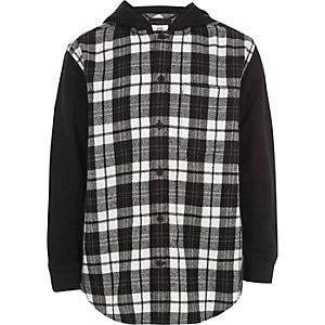 Schwarzes, kariertes Hybrid-Hemd mit Kapuze