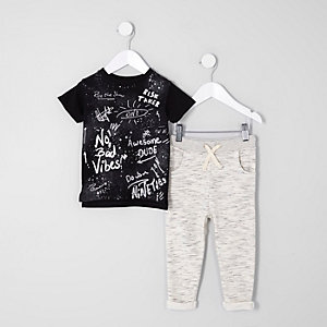 Mini boys black graffiti top joggers outfit