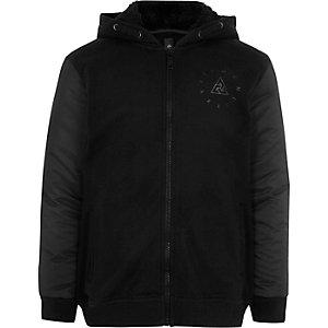 Zwarte hybride hoodie met gewatteerde mouwen voor jongens