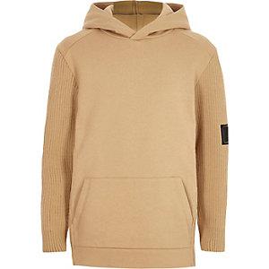 Camelkleurige hoodie met gebreide mouwen voor jongens