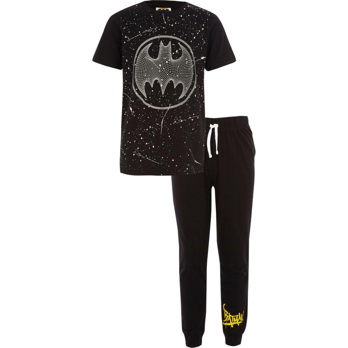 Boys black Batman print pajama set