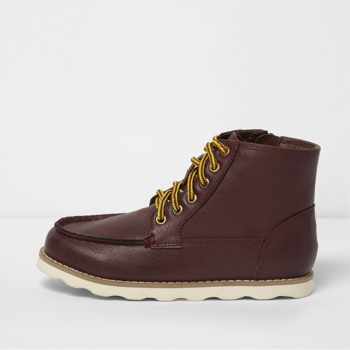 Boys red apron toe hiking boots