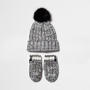 Mini boys grey knit beanie hat and gloves set