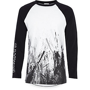 Boys white splatter print raglan T-shirt