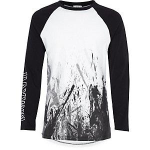 Wit T-shirt met spetterprint en raglanmouwen voor jongens