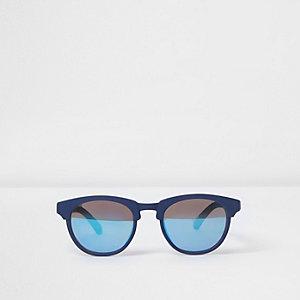 Blaue Sonnenbrille mit gummiertem Gestell