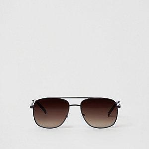 Zwarte zonnebril met bruine glazen en wenkbrauwbalk voor jongens