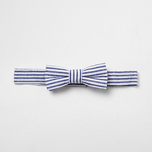 Mini boys blue seersucker stripe bow tie