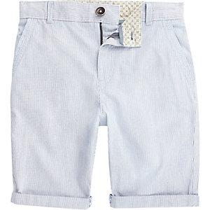 Blaue, gestreifte Chino-Shorts