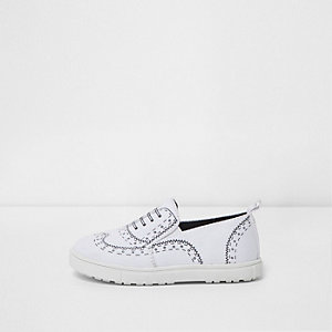 Mini boys white brogue print plimsolls