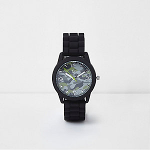 Boys black camo round  face rubber watch