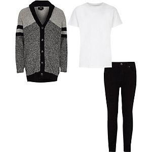 Graue Strickjacke und Skinny Jeans als Outfit