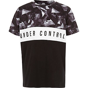 Boys black 'under control' block T-shirt