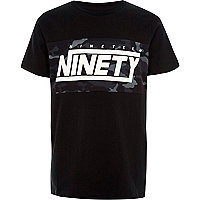 Boys black camo 'ninety' print T-shirt