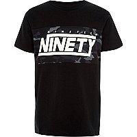 T-shirt imprimé «ninety» camouflage noir pour garçon