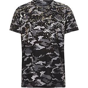 Grijs T-shirt met camouflageprint en spetters met folie-effect voor jongens