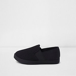 Mini boys black slip on plimsolls