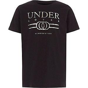 Zwart T-shirt met 'under cover'-folieprint voor jongens