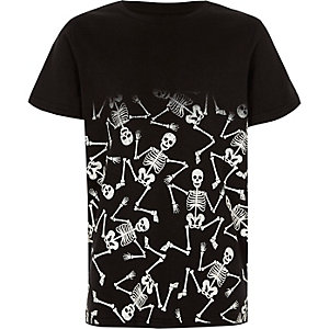 Boys black skeleton fade print T-shirt