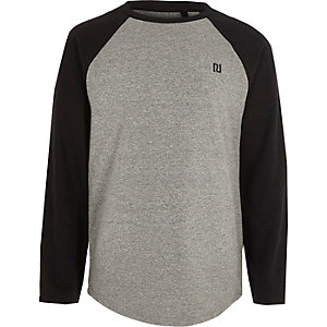 Boys grey long raglan sleeve T-shirt