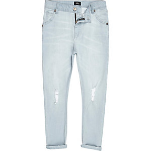 Tony – Hellblaue, eng zulaufende Loose Fit Jeans
