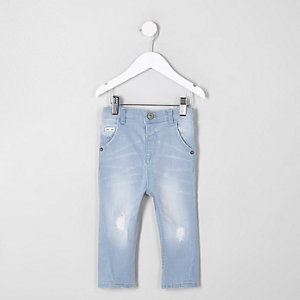 Mini - Tony - Lichtblauwe ripped smaltoelopende jeans voor jongens