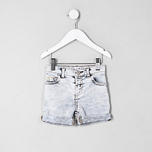 Dylan – Blaue Slim Fit Jeansshorts