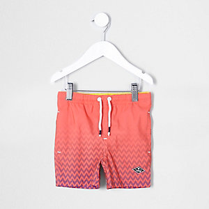 Mini - Koraalrode zwemshort met vervaagde print voor jongens