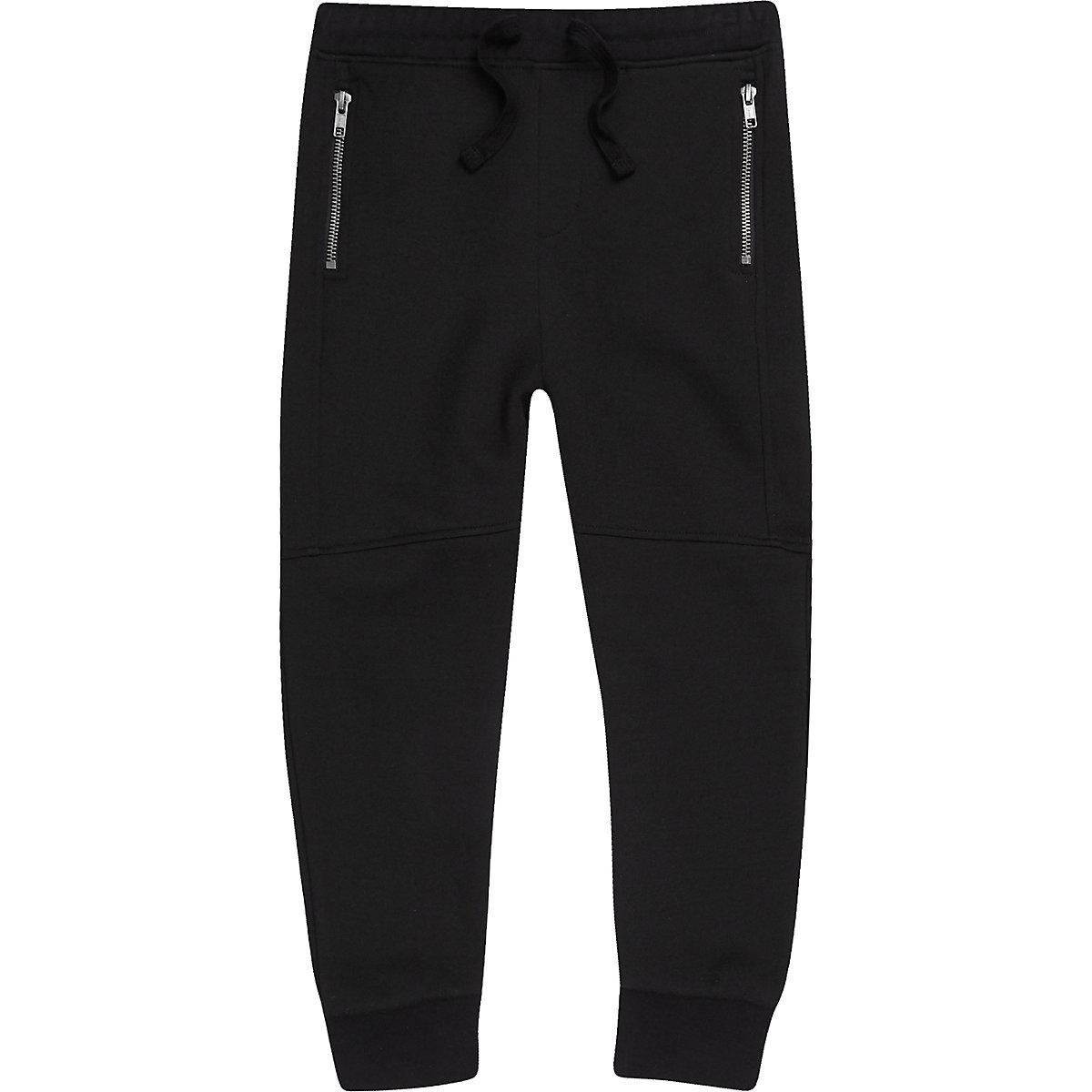 Schwarze Jogginghose mit Bahnen