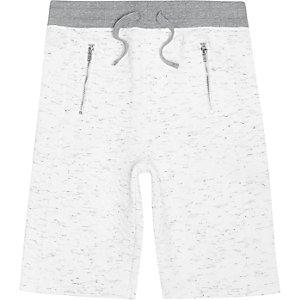 Witte doorgestikte short voor jongens