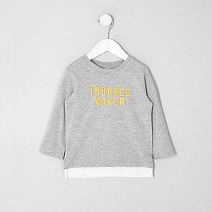 T-shirt «trouble» gris à manches longues mini garçon