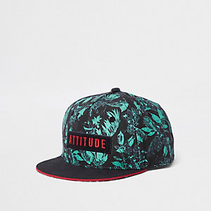 Boys green 'attitude' tropical leaf cap