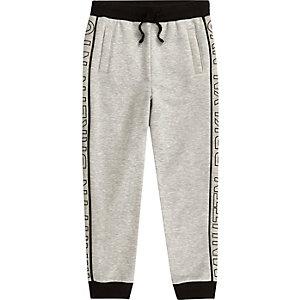 Pantalon de jogging gris avec imprimé Mnhttn sur le côté pour garçon