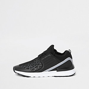 Boys black animal print runner trainers