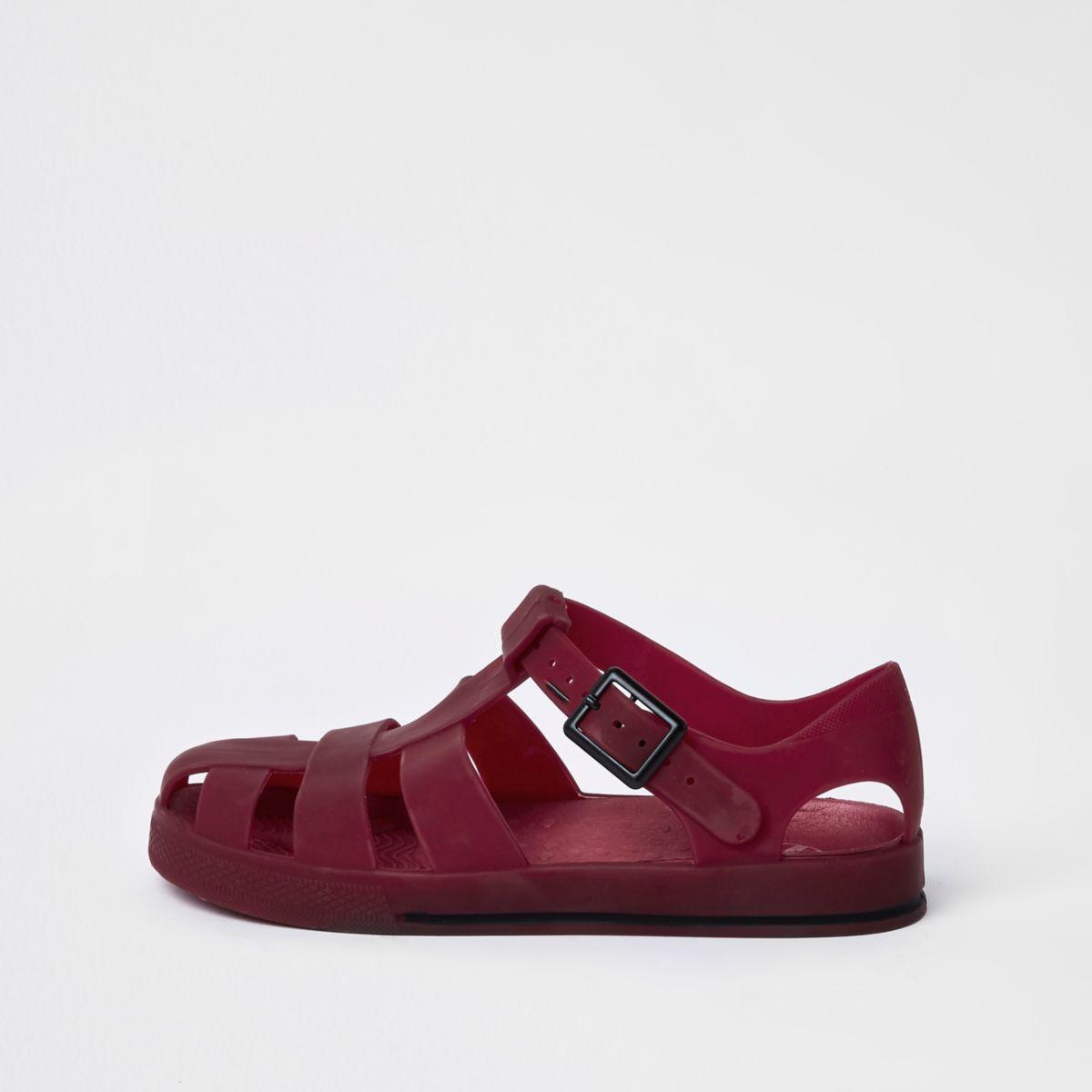 Sandales en plastique rouge foncé effet cage pour garçon