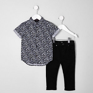 Mini boys blue ditsy shirt and jeans outfit