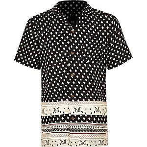 Boys black print short sleeve shirt