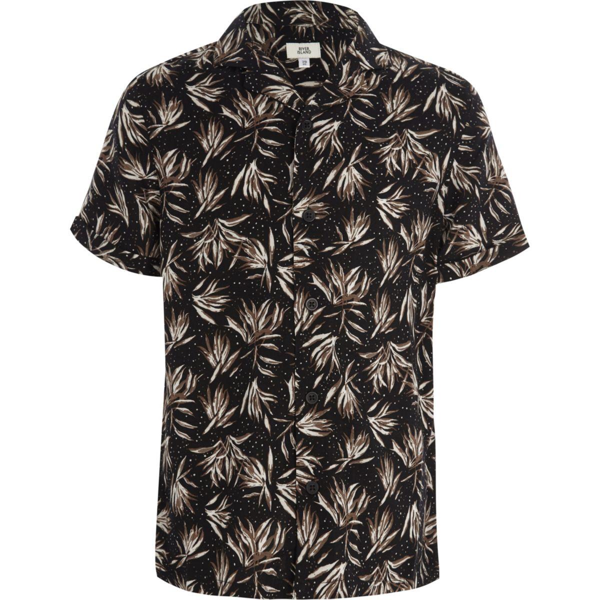 Boys black feather print short sleeve shirt
