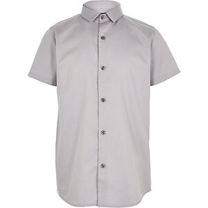 Boys grey short sleeve shirt