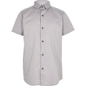 Chemise grise à manches courtes pour garçon