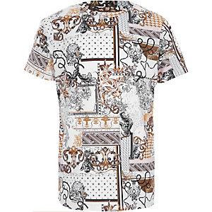 Wit T-shirt met barokke print en ronde hals voor jongens