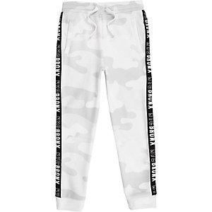 Boys white camo side tape joggers
