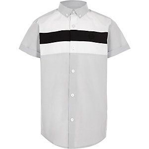 Boys grey short sleeve contrast shirt