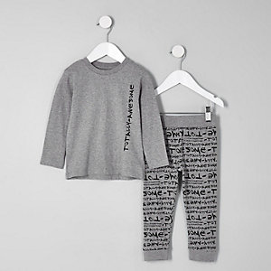 Mini - Grijze pyjamaset met 'totally awesome'-print voor jongens