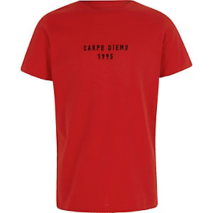 """Rotes T-Shirt """"Carpe Diem"""""""